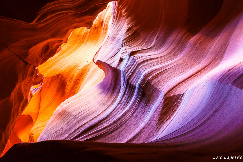 Antelope Canyon curves and colors